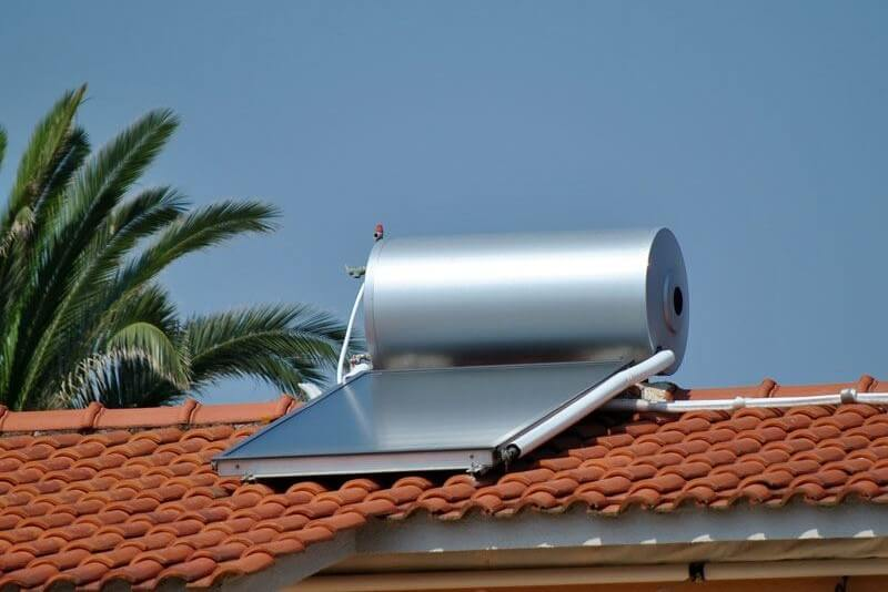 Solar water heater roof
